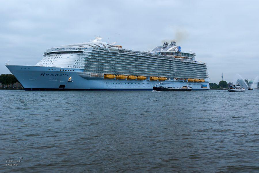 Rob Verhoek Fortografie Rotterdam cruiseterminal Harmony of the Seas